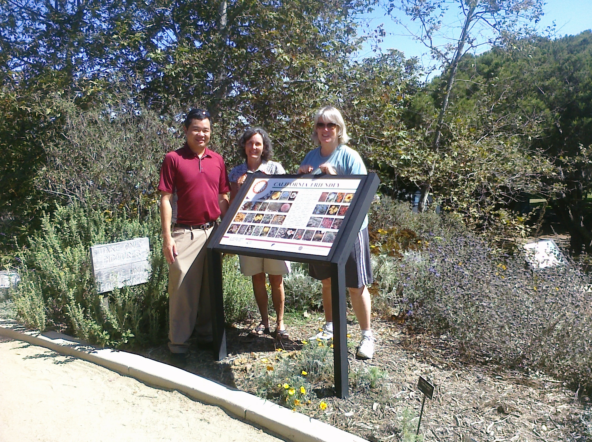 Visiting the Manhattan Beach Botanical Garden